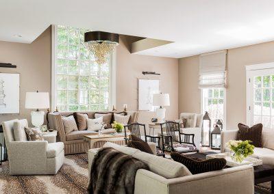 Gacious Livingroom
